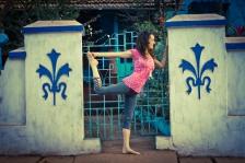 Rachel Zinman Yoga writes for eatlivelife